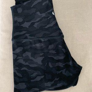 "Lululemon Sequoia Camo Align Pants Size 2 28"""
